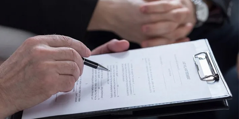 experienced divorce lawyer