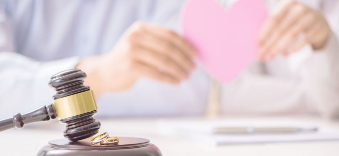hire divorce lawyer in singapore